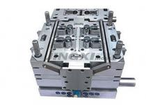 Electronic plastic mold tooling design